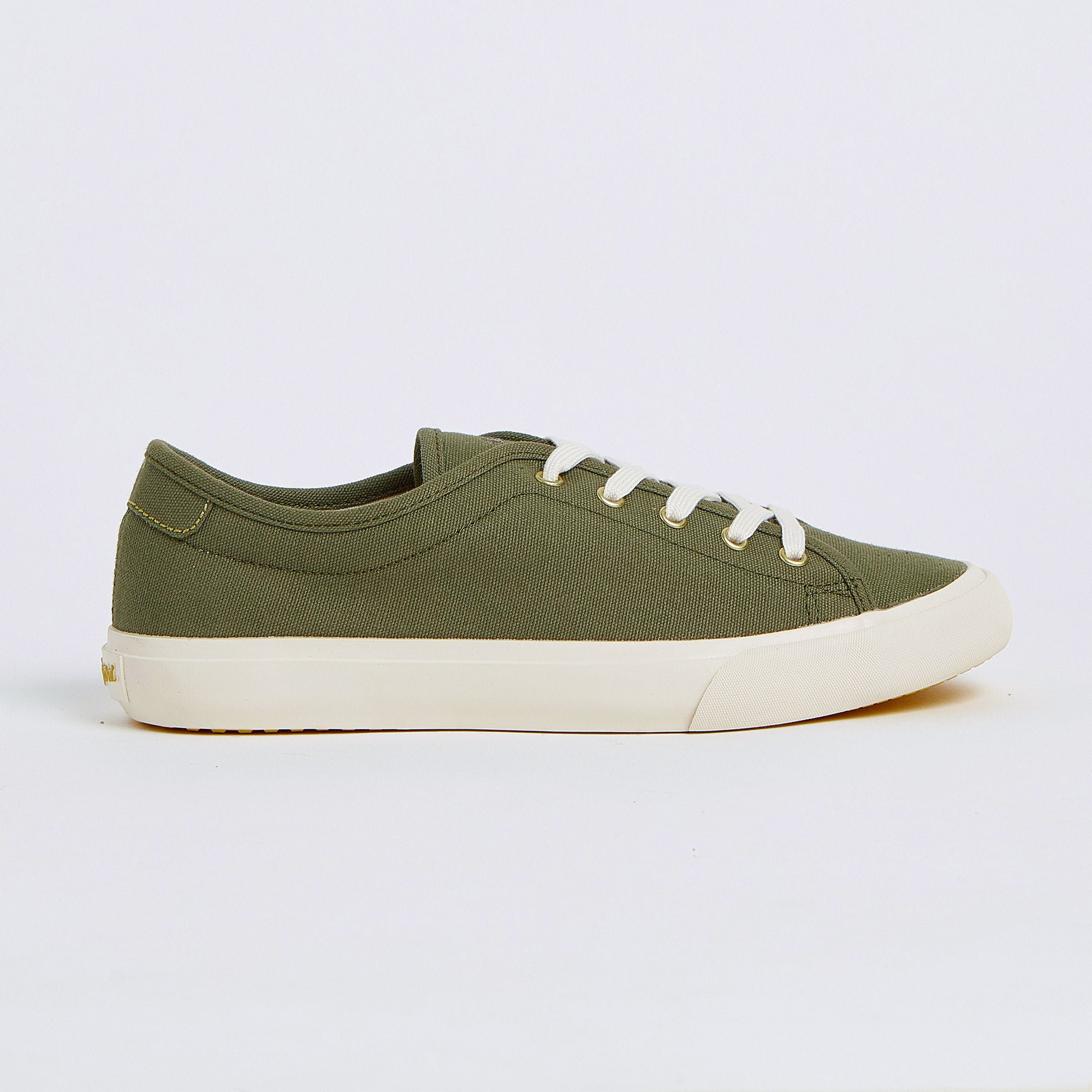 Alexis in Olive