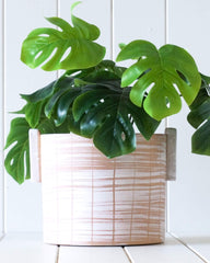 calais planter pot in blush by rayell
