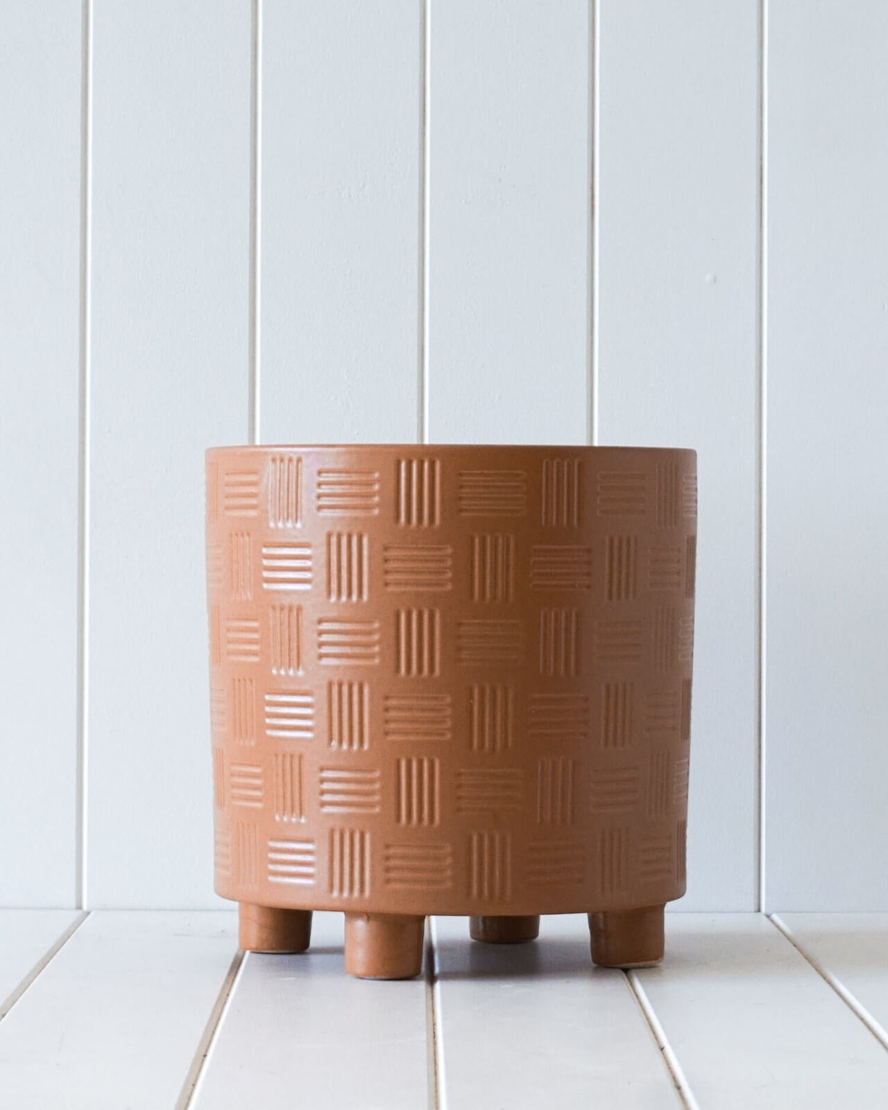 arles planter in rust by rayell