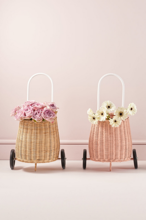 OLLI ELLA LUGGY BASKET PULL ALONG STRAW FLOWERS