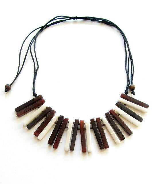Sofia necklace - Brown & Ivory