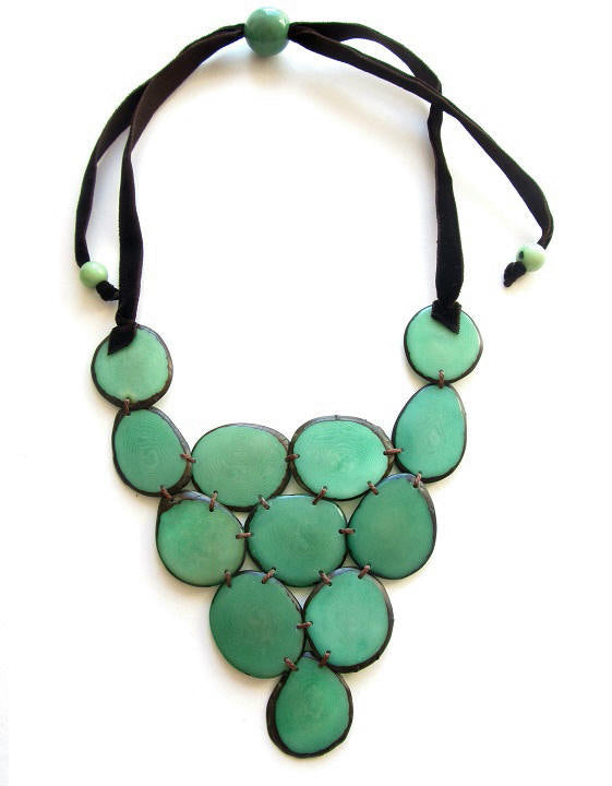 Victoria Necklace - Unicolour Green Mint