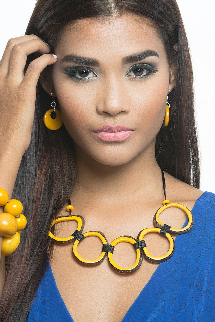 Luna Earrings - Yellow