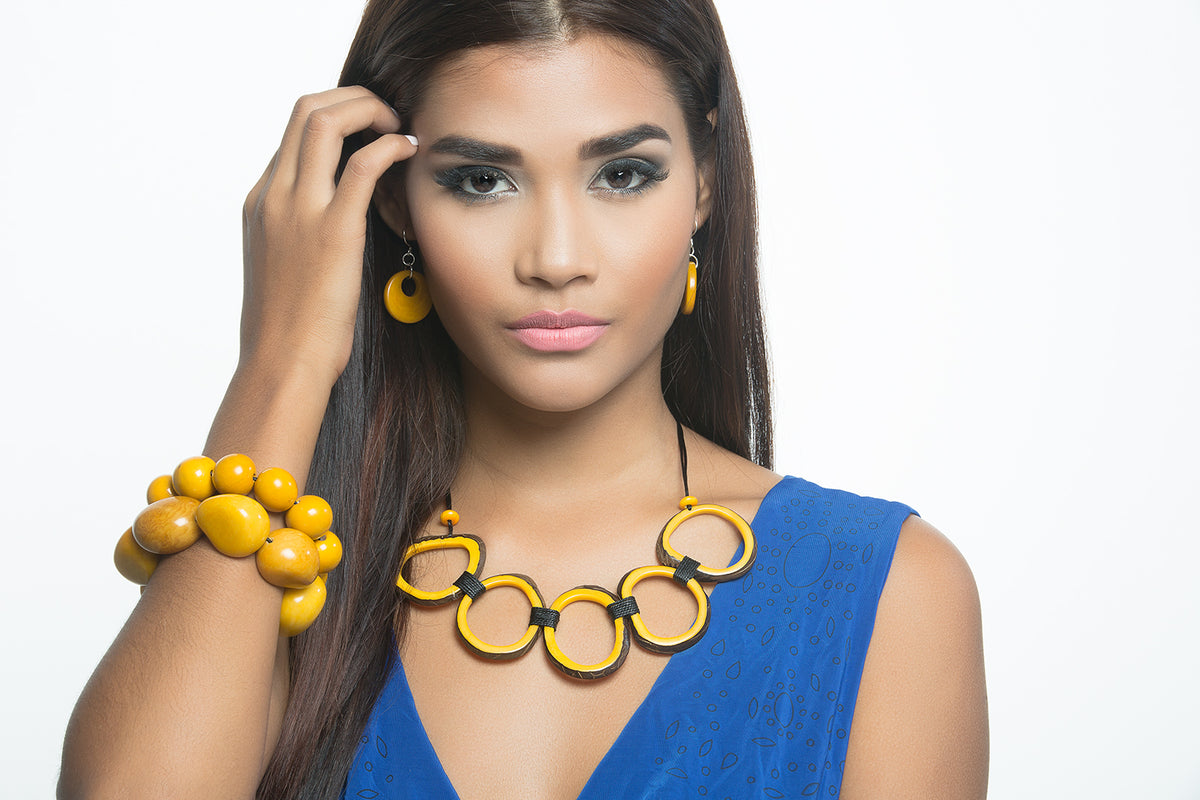 Calamar Necklace - Yellow