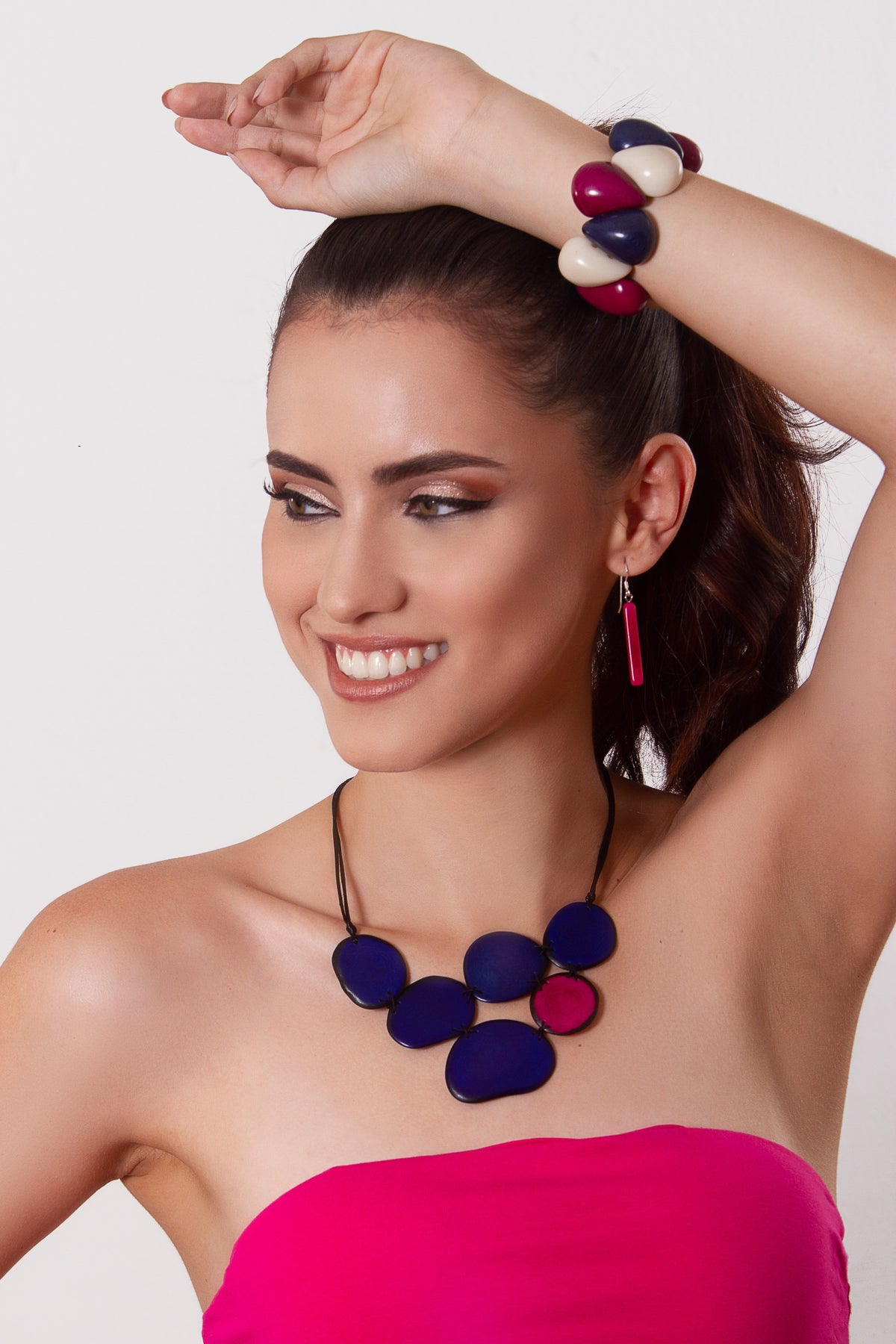 Vicky necklace - Royal Blue with pink