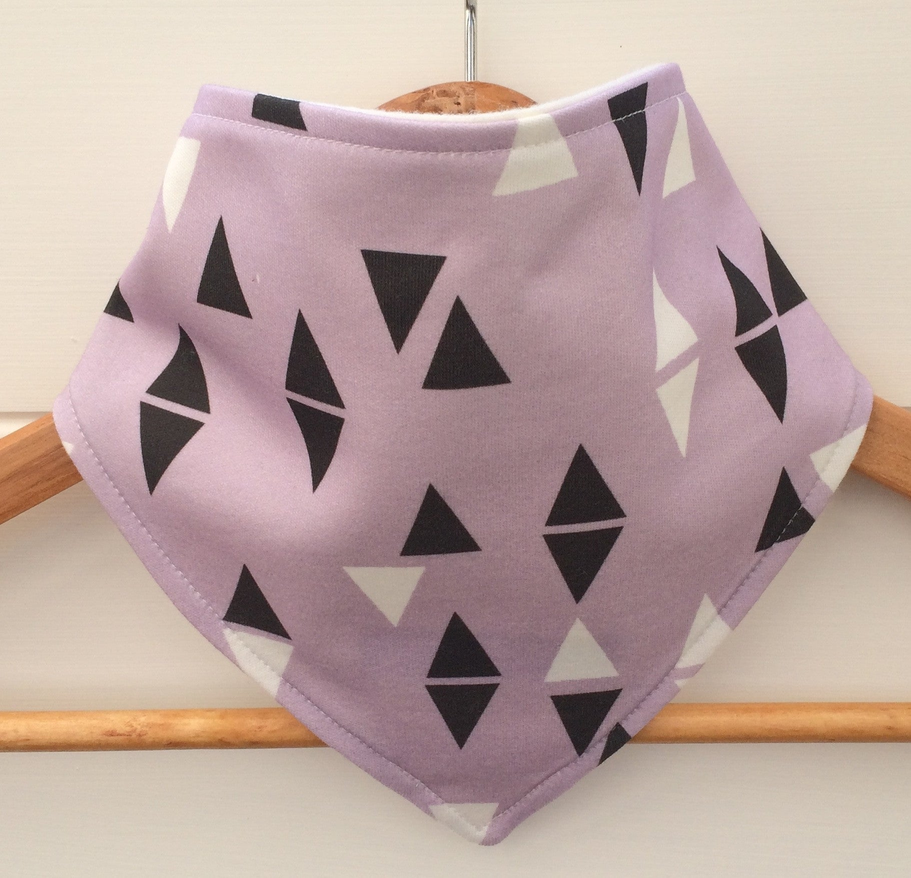 Organic Bandana Bib in Purple Triangle