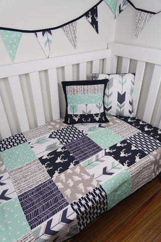 Navy & Mint Woodland Patchwork Quilt