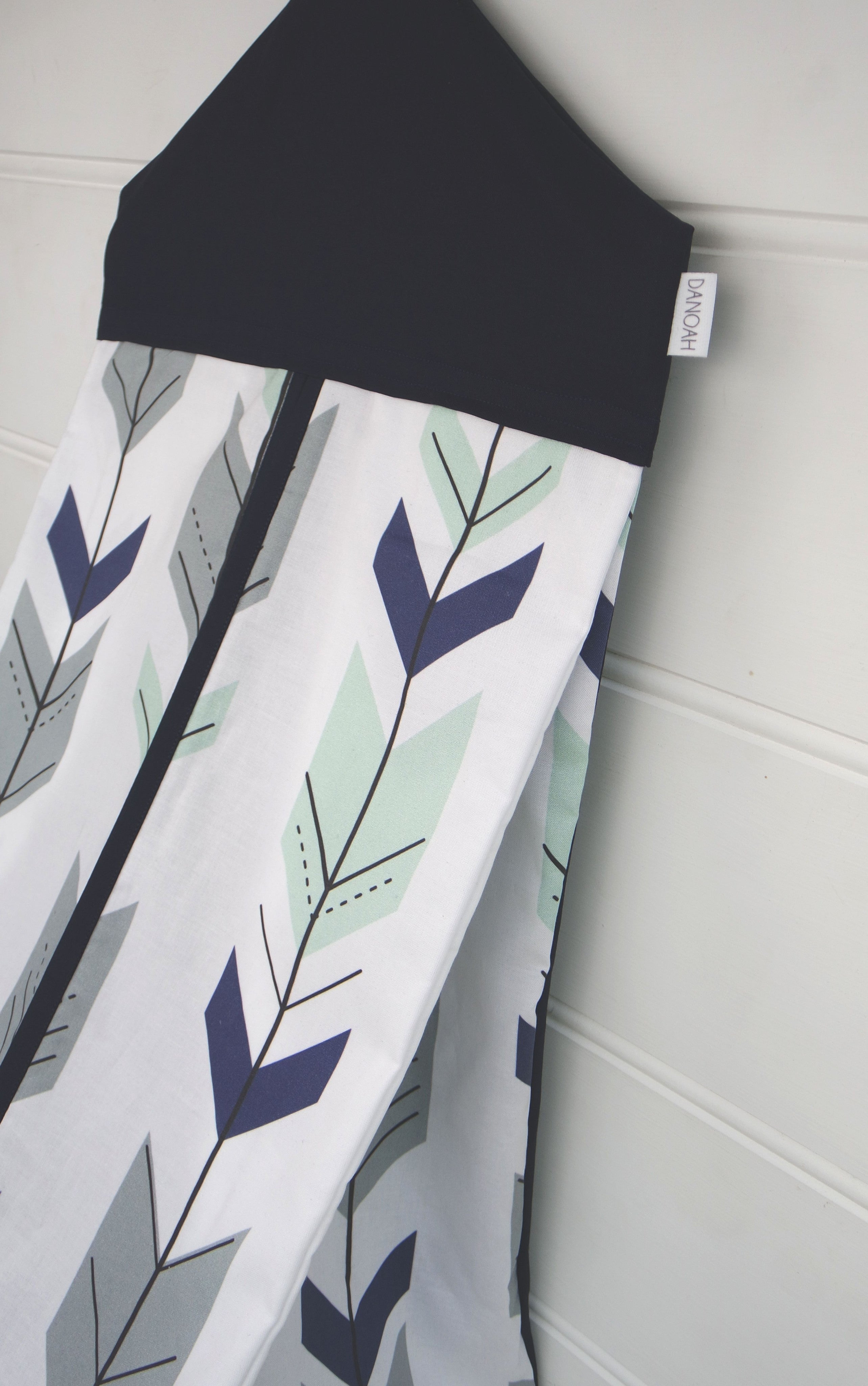 Nappy Stacker - Navy & Mint Arrow
