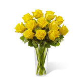 Vase of twelve yellow roses of China's finest