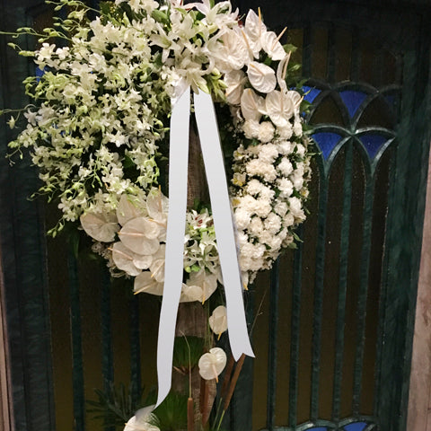 Circular wreath arrangement 2
