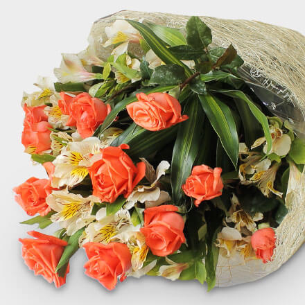 Bouquet of twelve pomelo roses