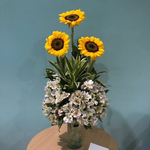 Vase of 3 Sunflower