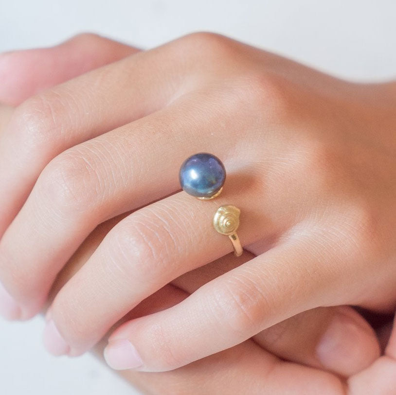 Snail Pearl Ring
