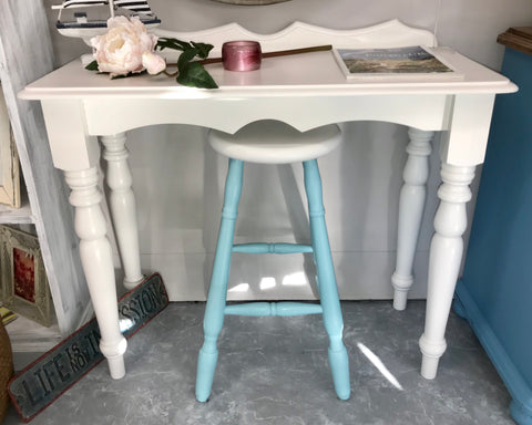 Lush 🌸 Coastal Table & Stool - Available Now