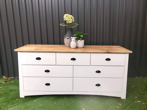 Coast to Coast Collection 🌷 Hampton's Dresser / Side Board - Available Now