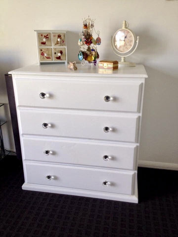 White 4 Drawer Tall Boy / Drawers