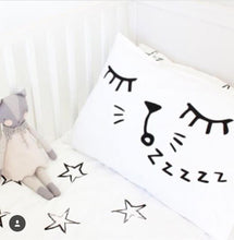 Snoozing Cat Pillow Case - Cuddle Bandits