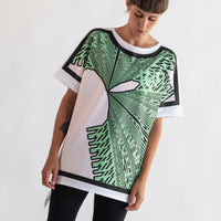 Bold Geometry Outlined | Original T-Shirt 4 sides | Uztzu