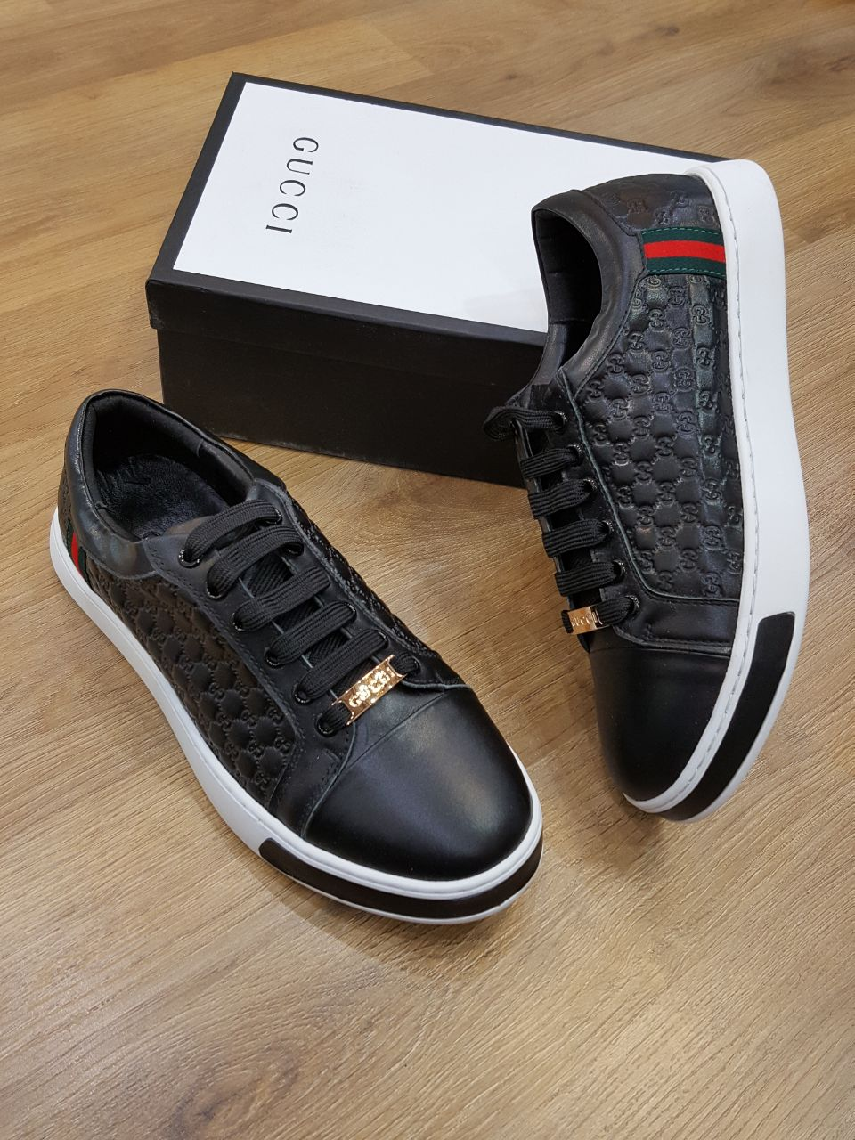345f28724 Gucci Men Shoes Black Color