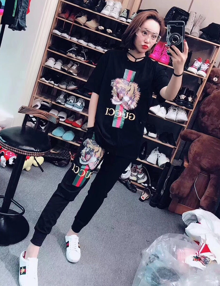 fe3d7a572 Gucci Women Clothes Black Color , Lion Print – visit moda