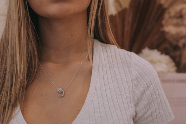 Lucy in the Sky Necklace - grey - The Wong Way