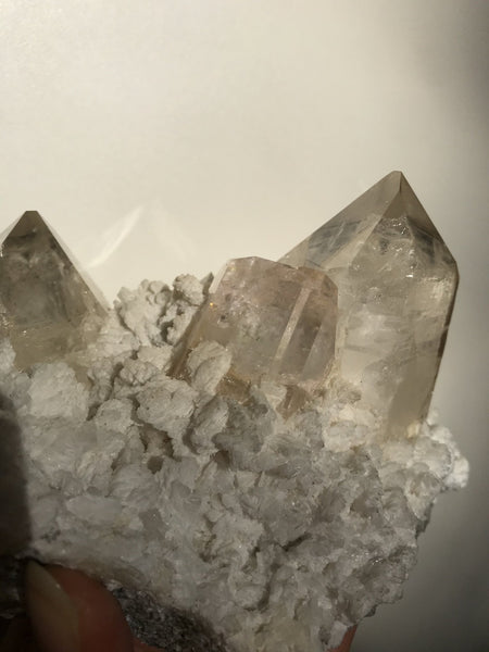 Morganite in Quartz - The Wong Way