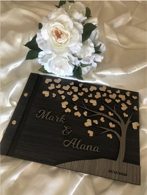 Wedding guest book - 3D Hearts | Bridal Delights