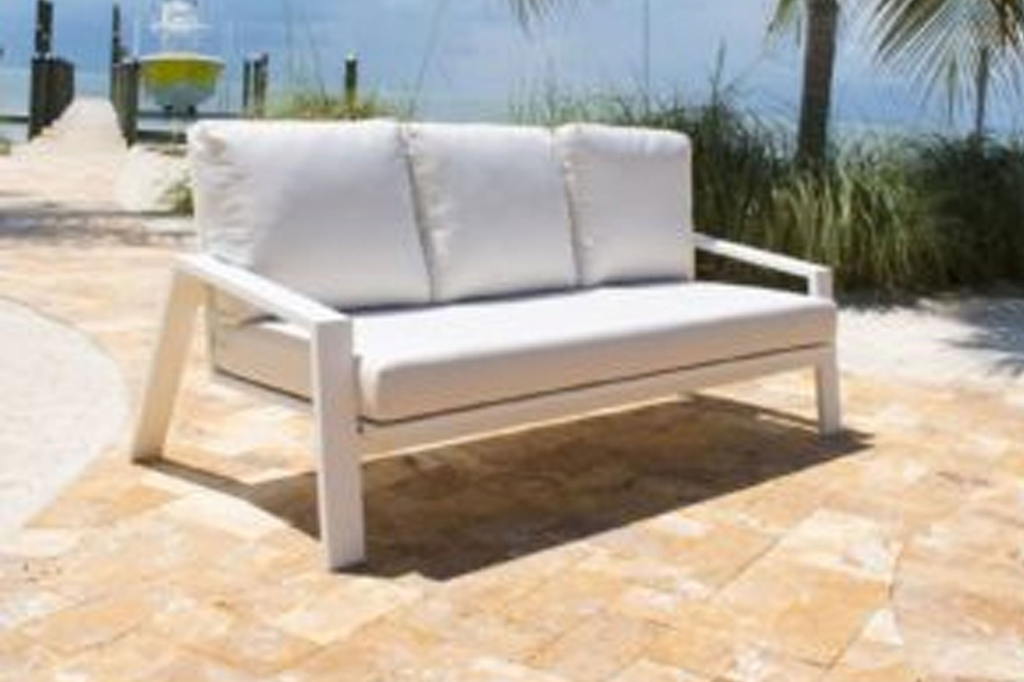 Mykonos Sofa w/off-white cushion