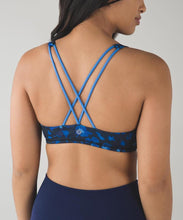 Lululemon - Free to be Bra (Dandy Digie Porcelaine Black) (LL00575)