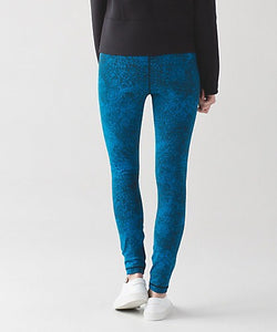 Lululemon - High Times Pant (Luon Spray Jacquard shocking blue black) (LL01169)