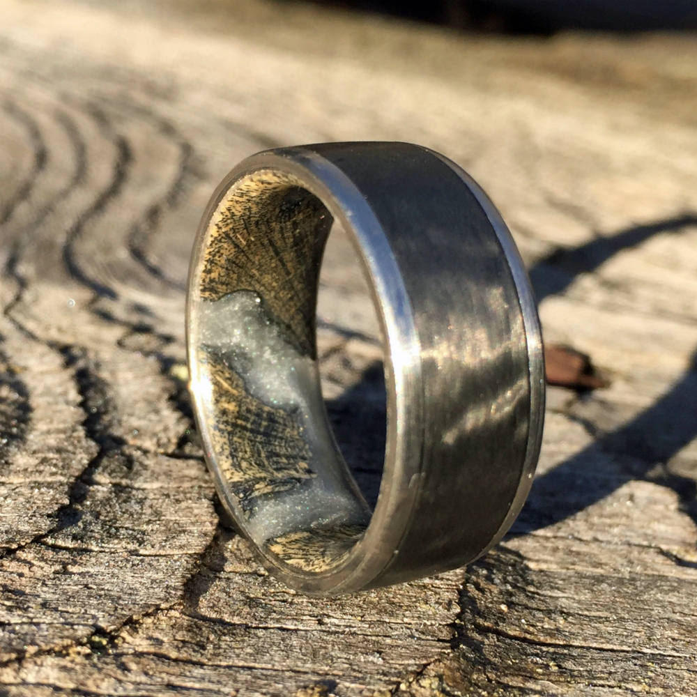 TITANIUM WEDDING RING / CARBON FIBER INLAY / CHOLLA CACTUS HYBRID INTERIOR
