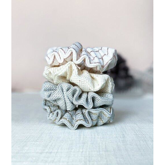 "Scrunchie ""Sparking blush and blue"""
