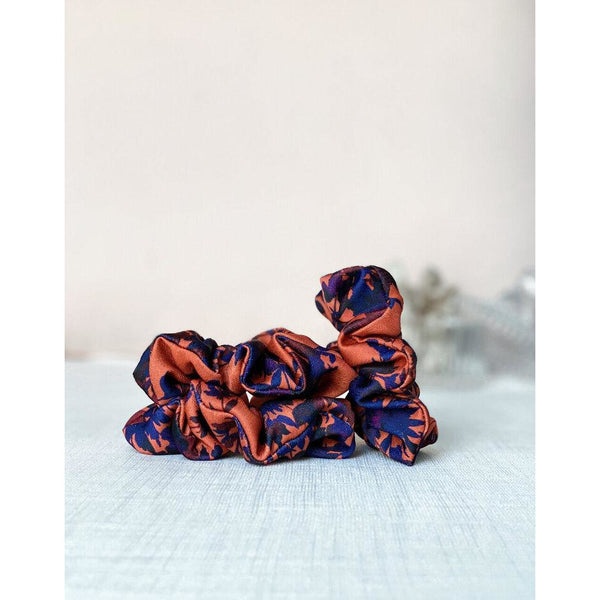 "Scrunchie ""Orange and navy floral"""