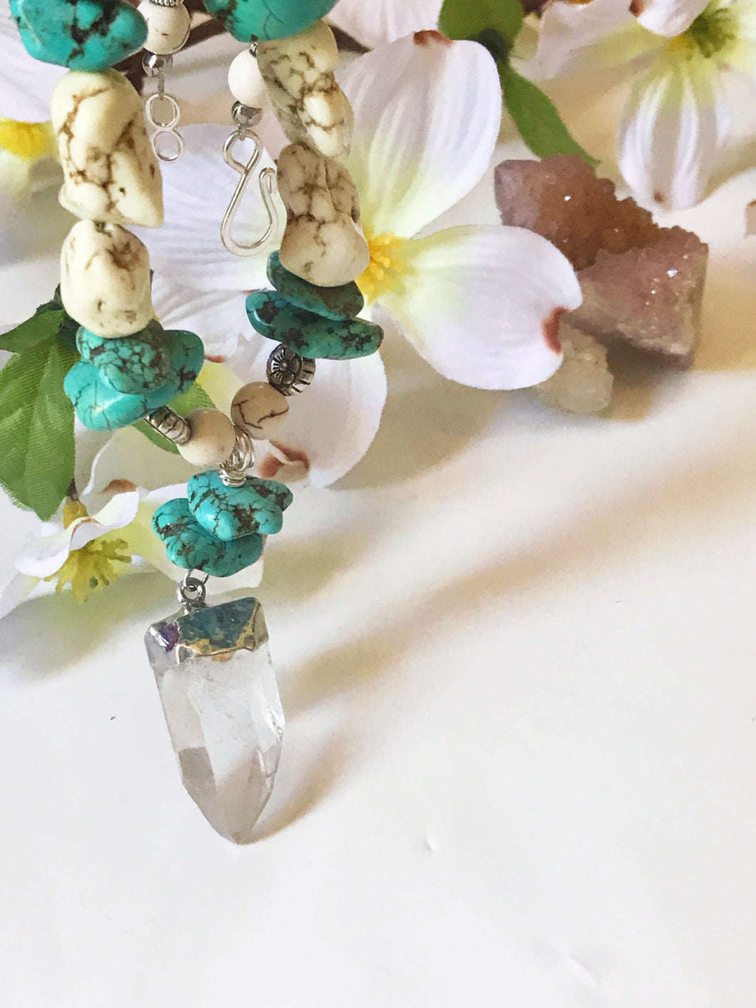 Quartz Dreams Statement Neckalce