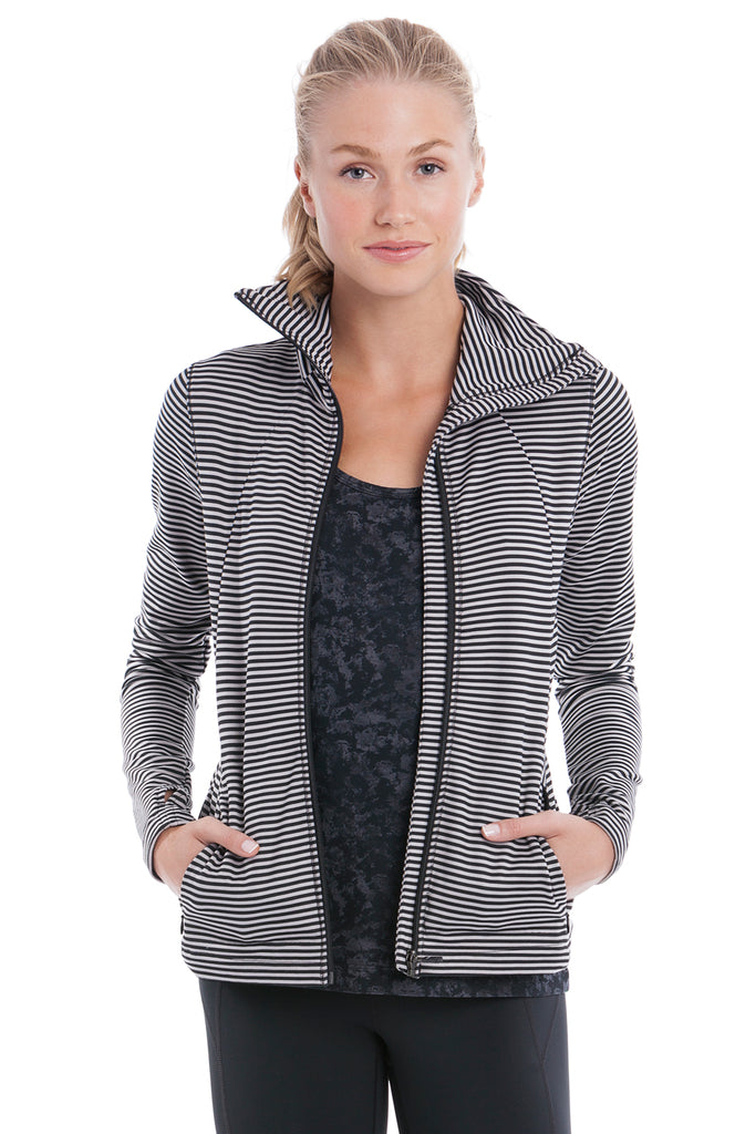 ESSENTIAL CARDIGAN