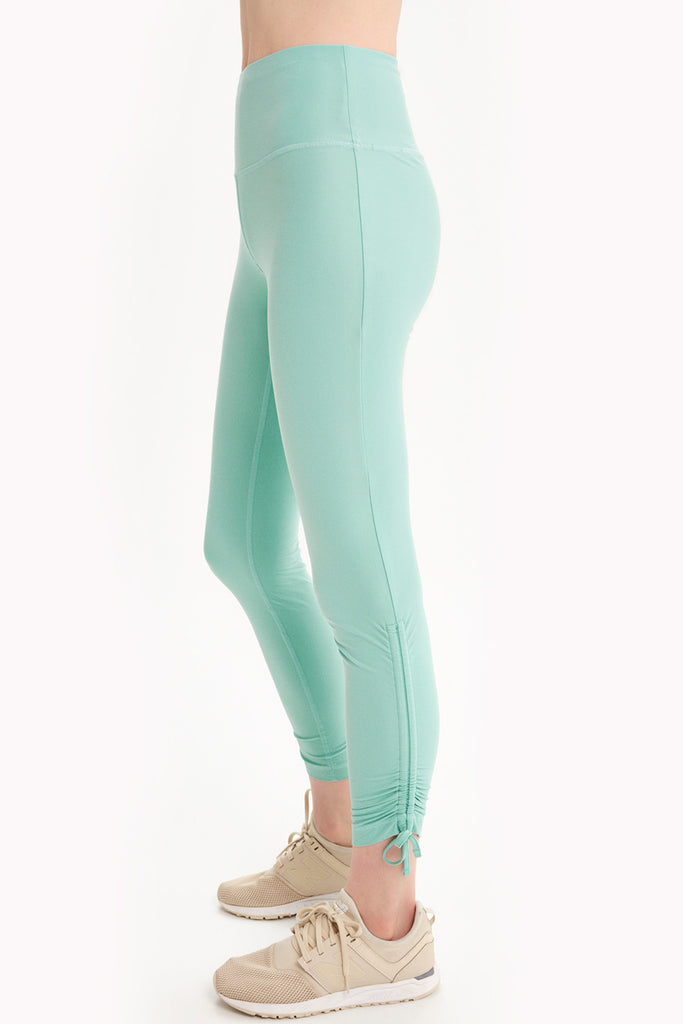 STUDIO HIGH-WAIST LEGGING
