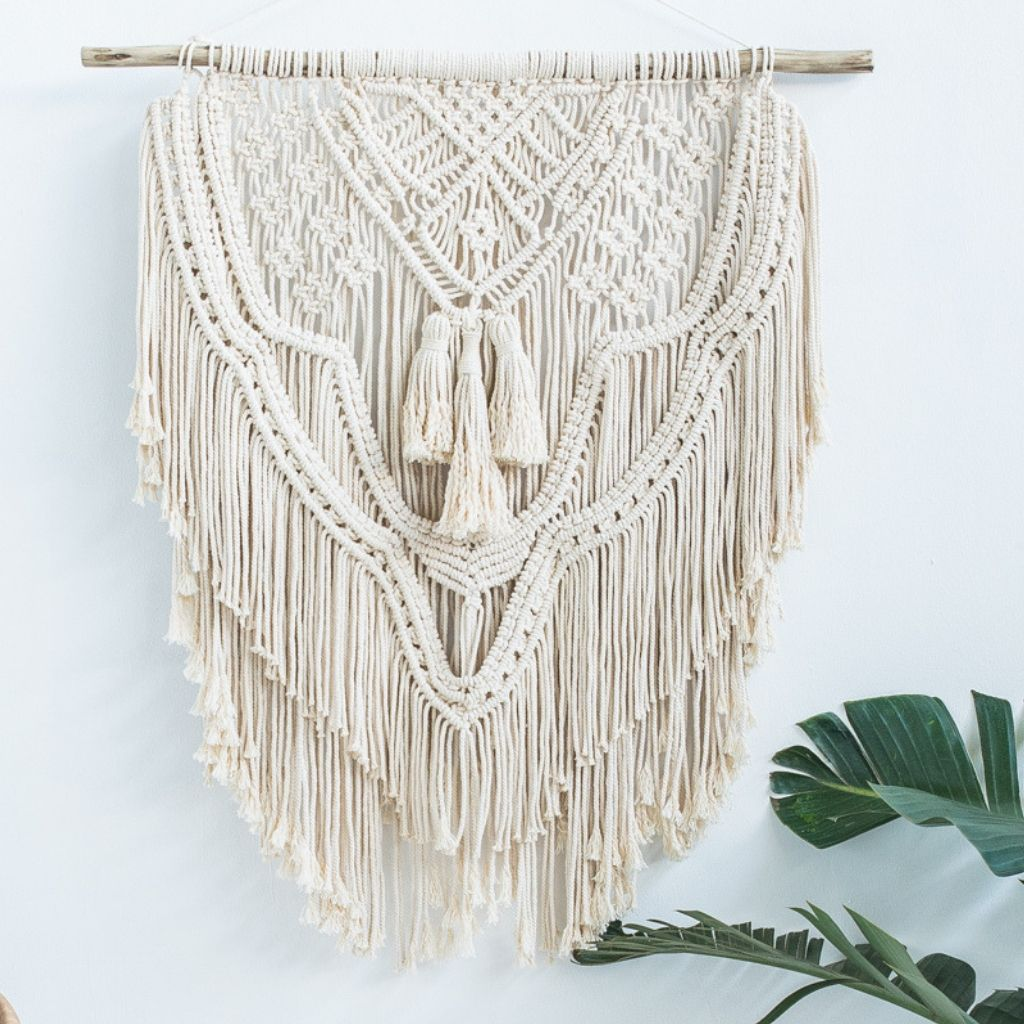 Wall Hanging ~ Victoria