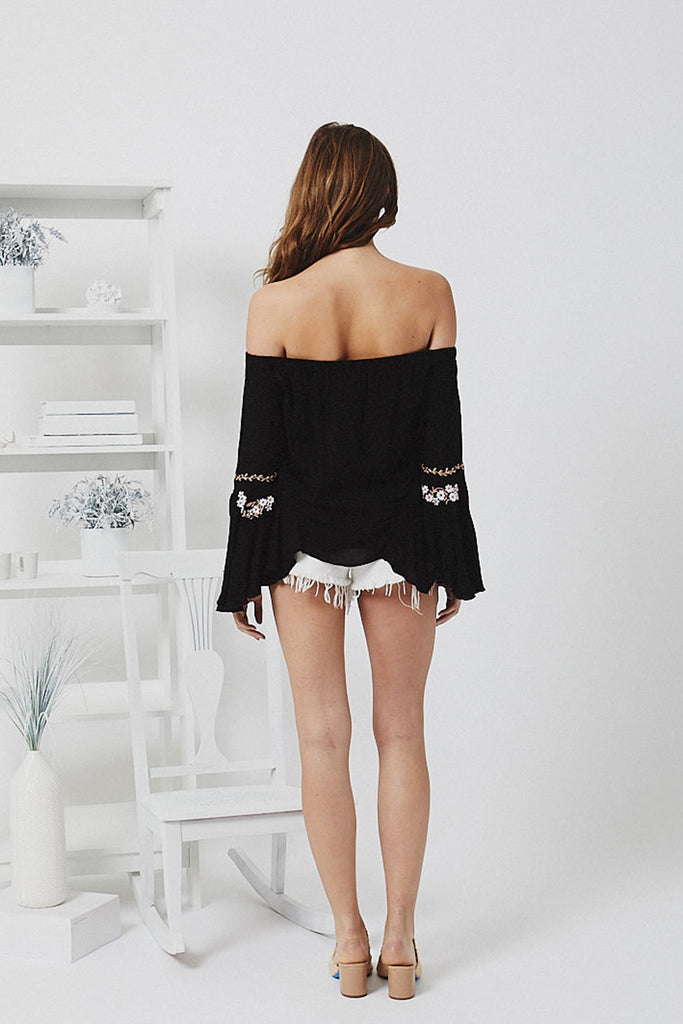 Daisy Off-The-Shoulder - Black