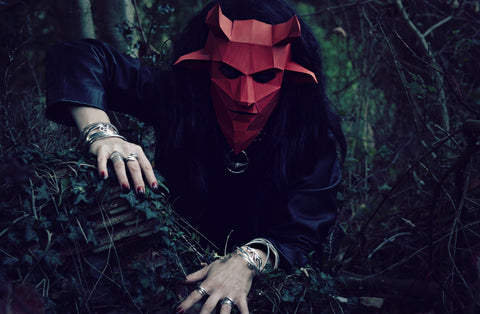 Annika Rutlin silver jewelry creeping red devil wintercroft mask artistic photo Stef Kerswell