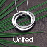 United interlinked circles silver contemporary jewellery by designer Annika Rutlin