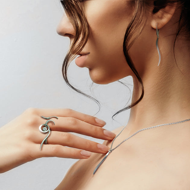 serene silver divination designer jewelry by award winning jeweller Annika Rutlin