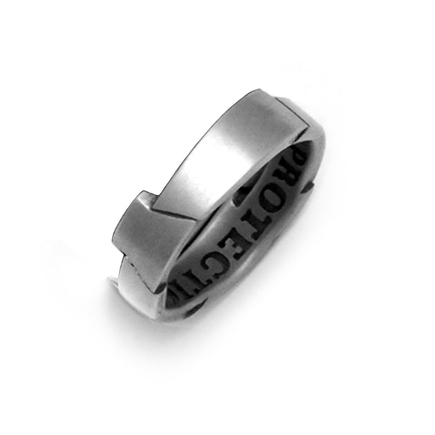 Masculine armour look uneven mens silver band ring