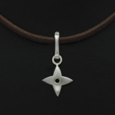 Aniara star flower pendant on leather SFP44P