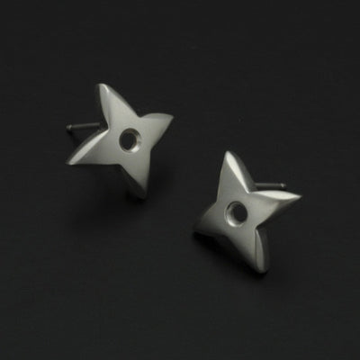 Aniara medium flower star stud earring SFE24P