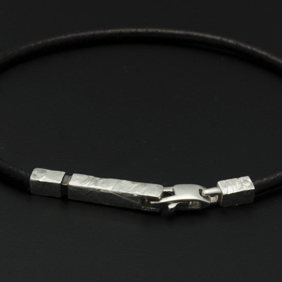 Ixion silver & leather bracelet XB21