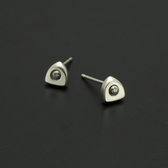 Idun logo shaped silver diamond stud earrings IE21SD