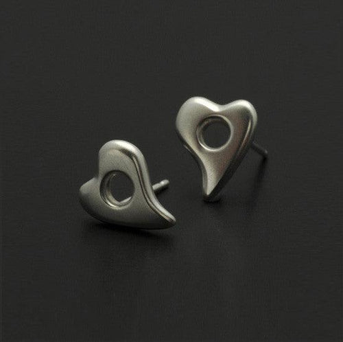 Amitie small heart stud earring AEH20