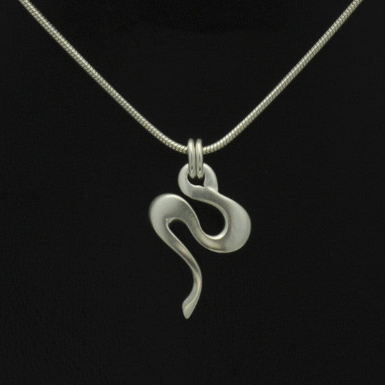 Silvertide small swirl pendant on snake chain TN40S