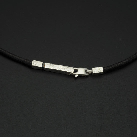 Ixion silver & leather necklace XP41