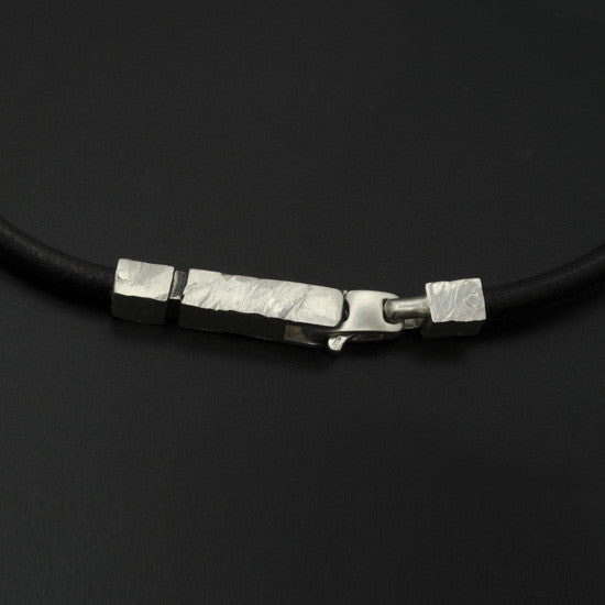 Ixion silver & leather necklace XP43-LE